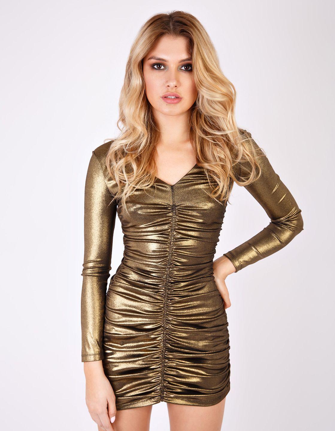 5e813d84556d Платье мини с глубоким вырезом золотое